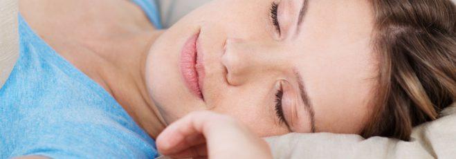 Endlich gut schlafen! So programmierst Du Dein Schlafzimmer auf Erholung.