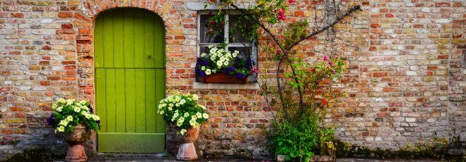 Willkommen!? Die wichtigsten ToDos der Eingangsgestaltung, denn das Glück kommt durch die Haustüre.